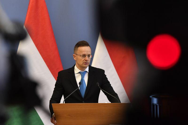 """Szijjártó az uniós intézkedésről: """"Értelmetlen, magamutogató és káros döntés"""" – Magyarország megvétózta az EU Kínát elítélő nyilatkozatát"""