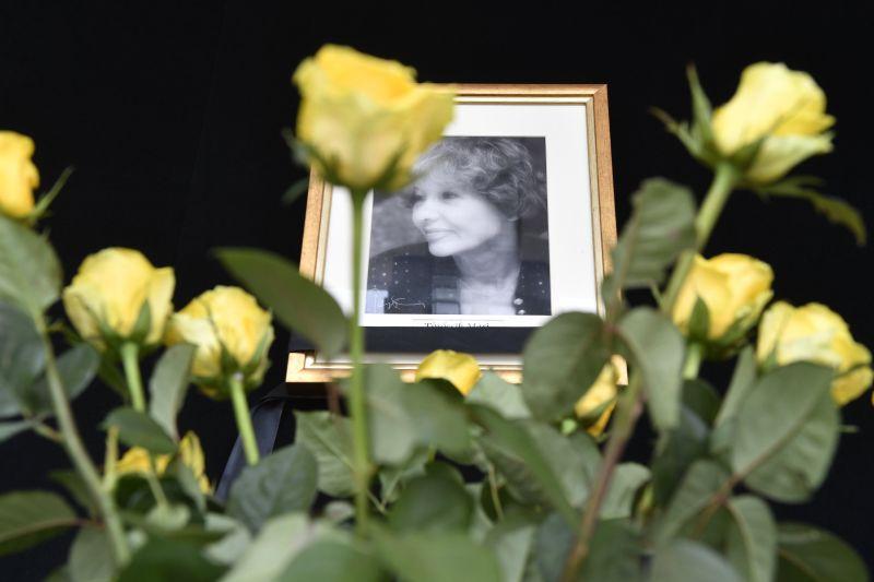 Teljes titokban vettek végső búcsút Törőcsik Maritól, a Nemzet Színészétől – Így zajlott a szertartás