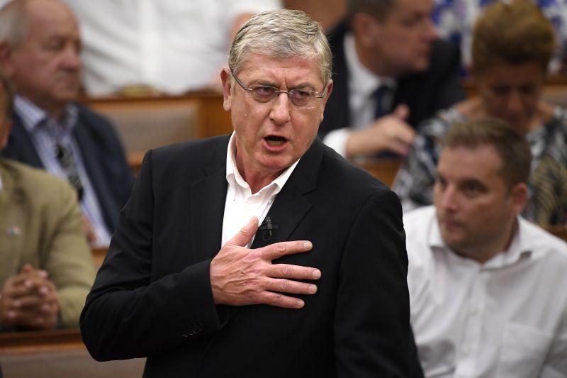 Fidesz: A DK önkormányzati képviselője azért vesztette életét, mert hitt Gyurcsány Ferencnek