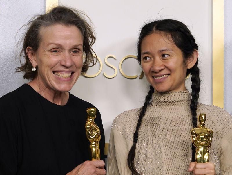 Frances McDormand és Anthony Hopkins is Oscar-díjat kapott a 93. Oscar-díjátadó gálán