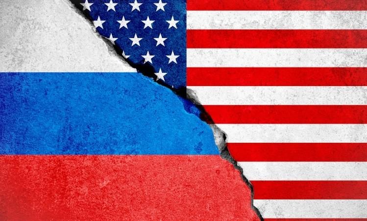 Putyin kifejtette álláspontját Bidennek az ukrajnai rendezésről, Biden személyes találkozót javasolt