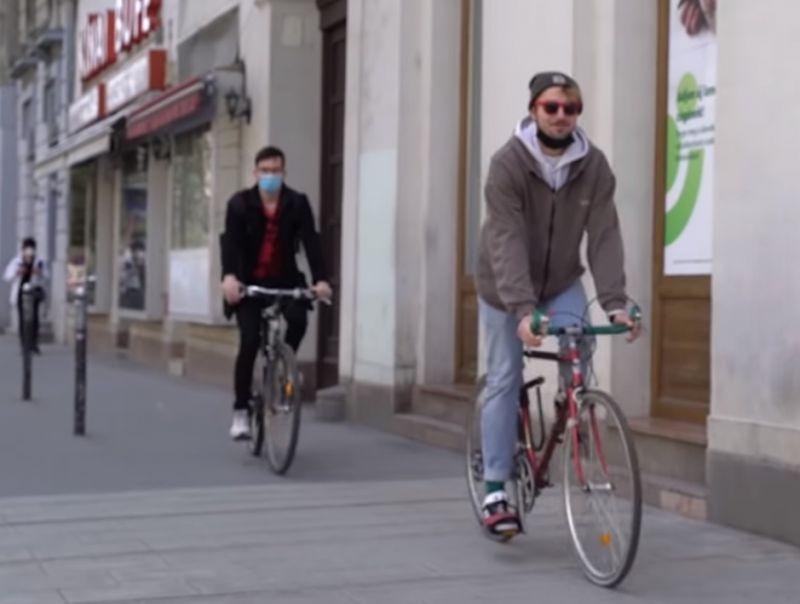 Elesett a biciklijével, 10 ezer forintra büntették a rendőrök