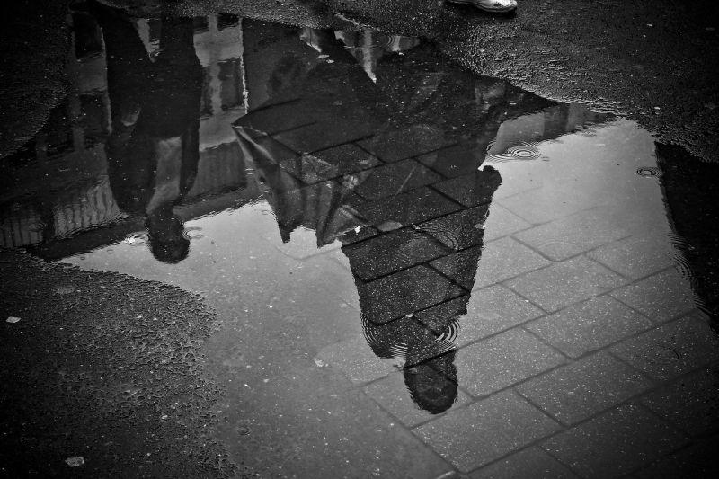 Ne hagyjuk otthon az esernyőt, zivatarok lehetnek a fél országban