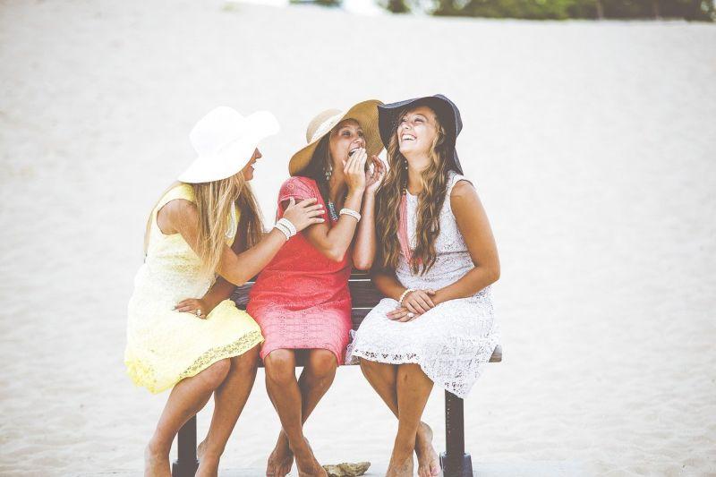 girls-1853958_1280