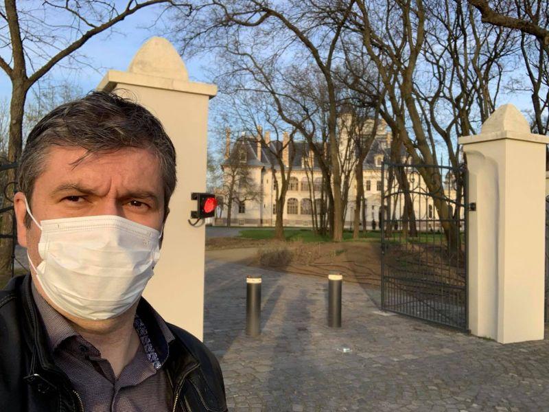 Rendőrség: Tiborczék kastélyánál minden a lehető legnagyobb rendben van