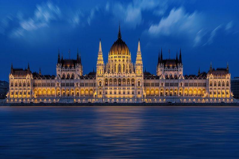 Ellenzék: A Fidesz a veszélyhelyzet meghosszabbítása kapcsán kettős beszédet folytat, előválasztás az új magyar demokrácia megteremtésének első lépése lesz