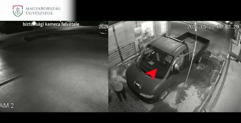 Igazi hülye: így csusszan át egy ittas sofőr a társa helyére igazoltatás előtt – videó