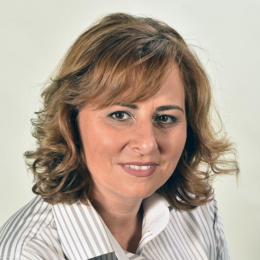 Törvényt módosítanak, hogy a fideszes polgármester két helyről is fizetést vehessen fel