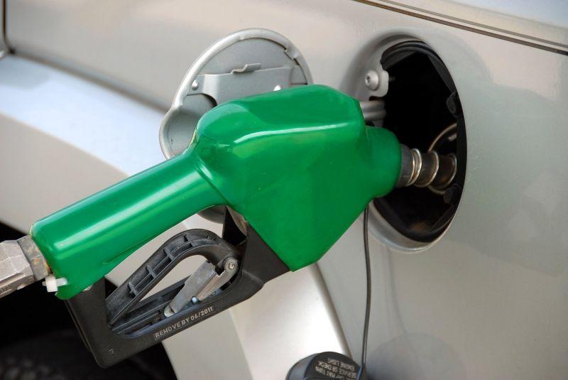 Újra emelkednek az üzemanyagárak