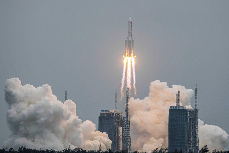 Kiderült: itt csapódhat a Földre a kínai rakéta legnagyobb eséllyel – mutatjuk