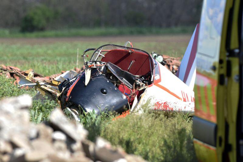 Fotókon a lezuhant repülőgép