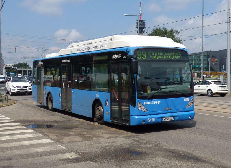 A nap legmeglepőbb híre: lomtalanítás miatt kellett egy busz útvonalát módosítani