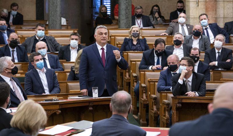 Kemény hét vár a képviselőkre: a jövő évi költségvetésről és a veszélyhelyzet meghosszabbításáról is szavaznak