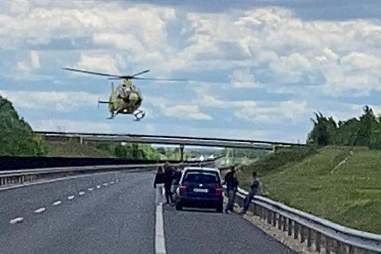 Több autó ütközött az M6-os dunaszentgyörgyi szakaszán, lezárták a sztrádát