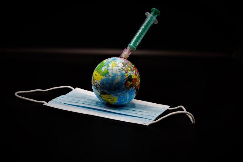 Terjed az indiai mutáns! Eddig 44 országban azonosították a vírus variánst