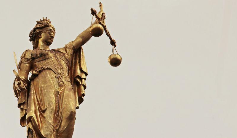 Felfüggesztettet kért az ügyész a gyermekpornó-felvételek ezrein élvezkedő Heves megyei férfira