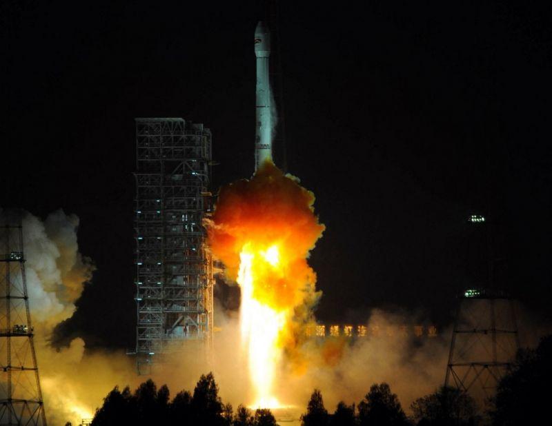 Repül az elszabadult kínai rakéta, és ki tudja hol zuhan a Földre