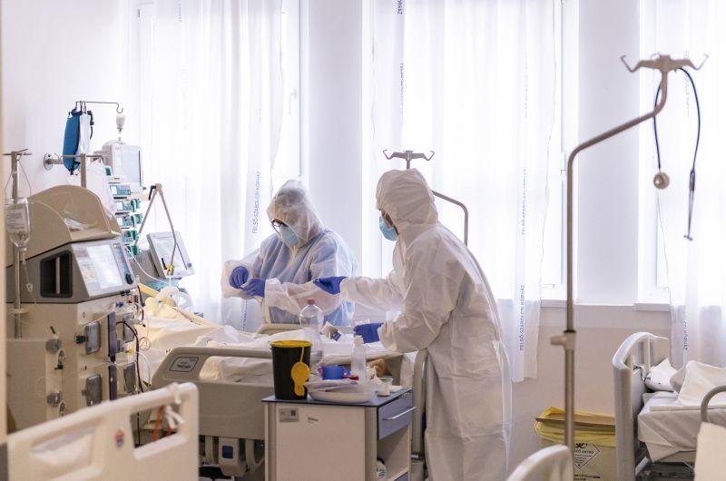 Tömeges felmondásokra készülhetünk a magyar egészségügyben