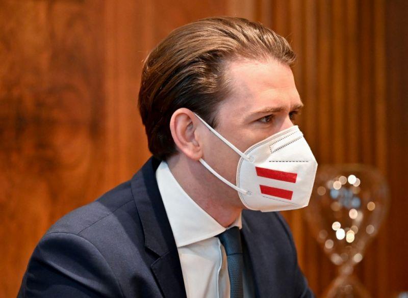 Ausztria nem vár az EU-ra, saját védettségi igazolványt csinálnak