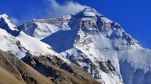 Varga Csaba kísérlete: megmászni a 8849 méter magas Mount Everestet