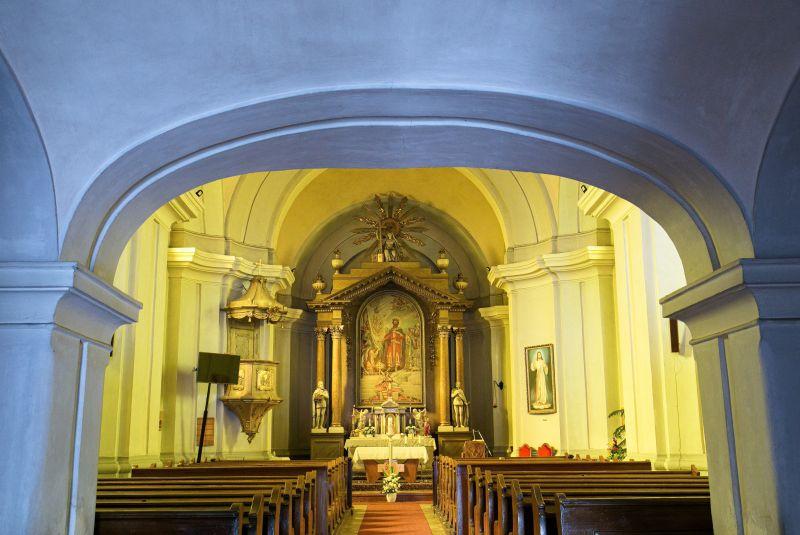 Vasárnaptól nincs kibúvó, ismét kötelező a katolikus híveknek a szentmise