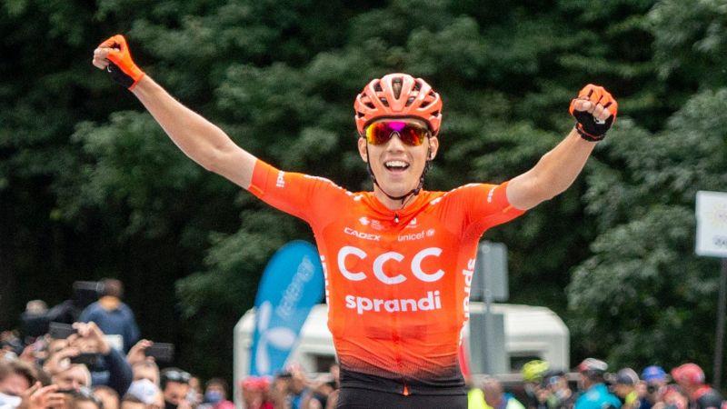 Valter Attila átvette a vezetést a Giro-n