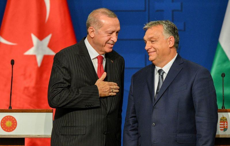 Orbán felajánlotta Erdogannak, hogy magyar katonákat küldjenek Afganisztánba
