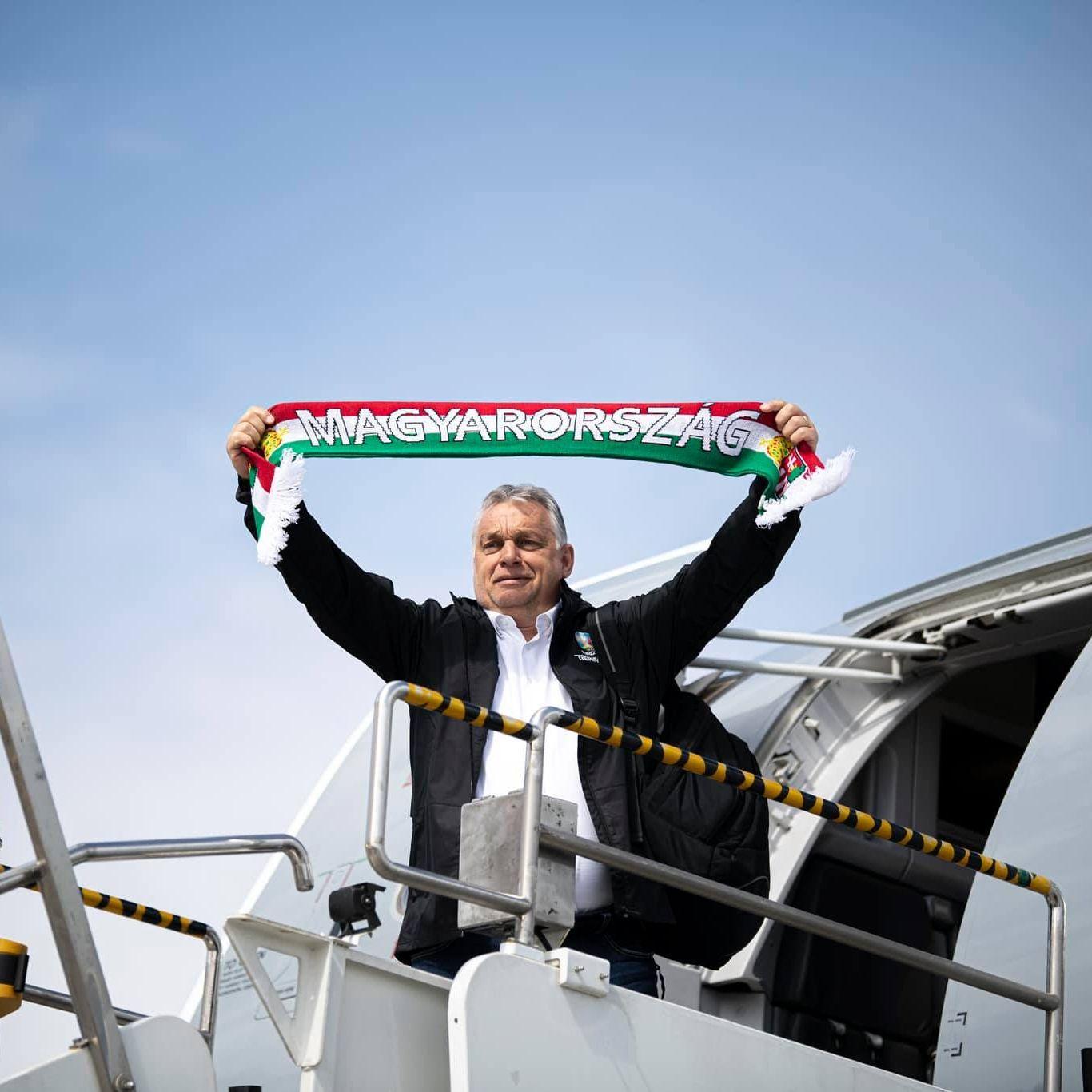 Orbán Viktor elindult a meccsre, érzelmes nótát talált hozzá