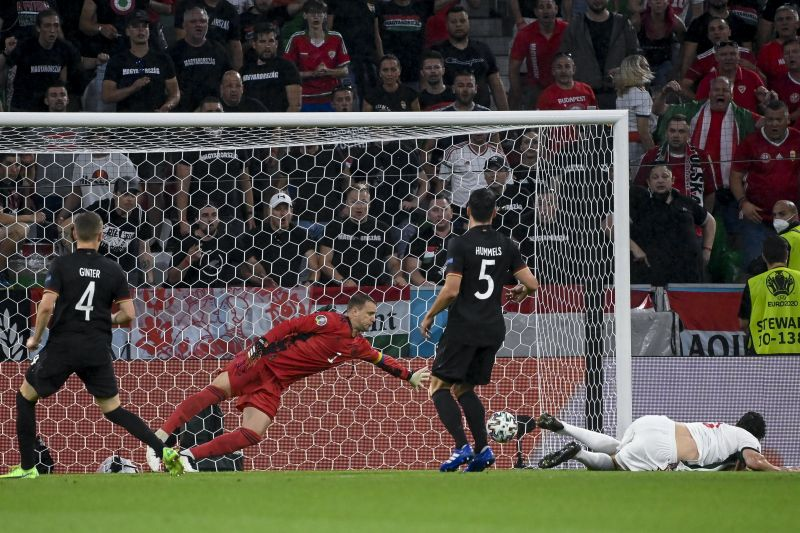 Szenzáció! Szalai csodafejesével vezetünk a németek ellen Münchenben: Németország–Magyarország0-1 a félidőben