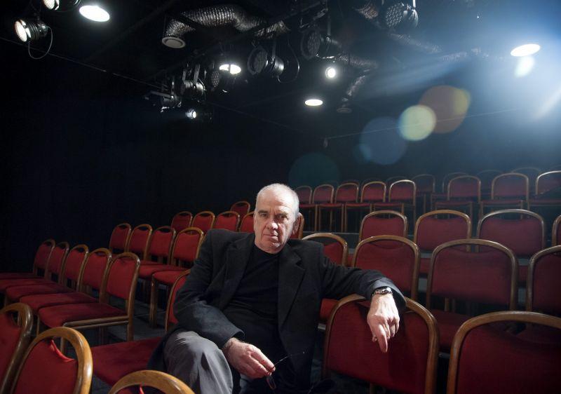 Gáti Oszkár véglegbezárja színházát és a színházasdival is felhagy