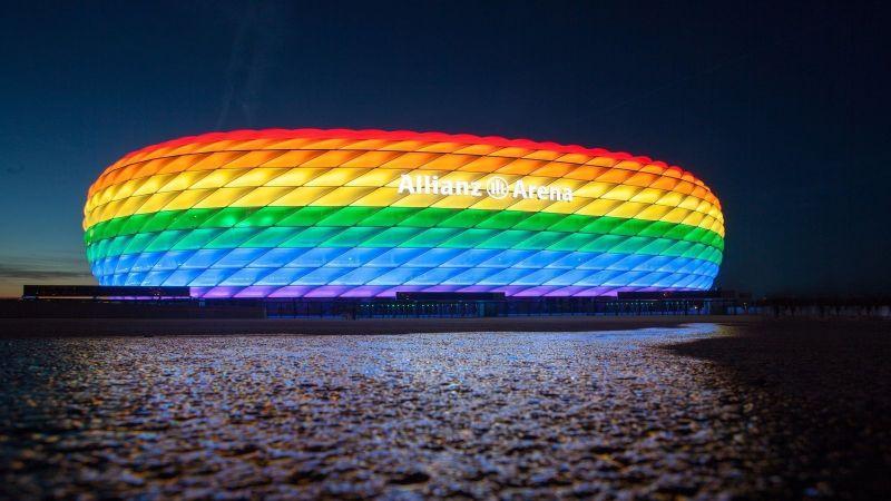 Szivárványszínekbe öltözteti a város a Müncheni polgármester – nem lennénk a kormány helyében