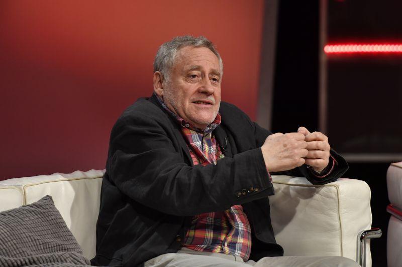 Koltai Róbert azért siránkozik, mert  ő még nem kapott Kossuth-díjat
