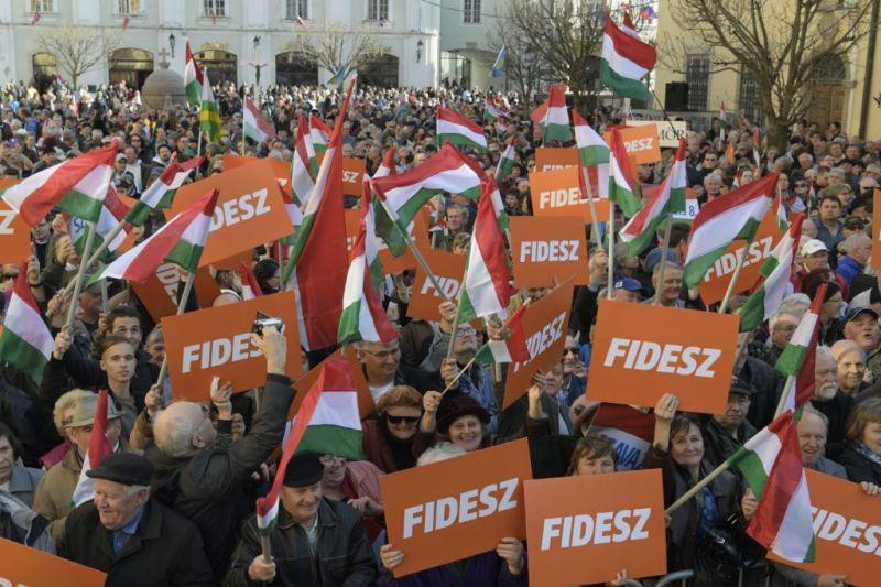 Tetemes a Fidesz előnye az ellenzéki összefogással szemben – felmérés