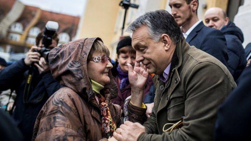 Miért hisznek annyian Orbánban? Így magyarázható a foci segítségével