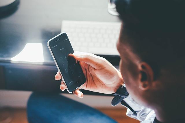 Megszűnnek a roamingdíjak a Nyugat-Balkánon