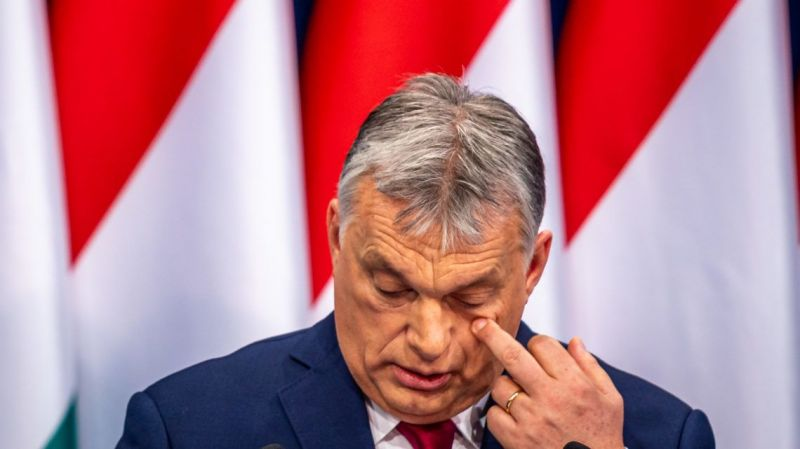 Orbán: Ma a liberális voltaképpen a diplomás kommunista