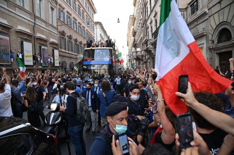 Delta-variáns: Olaszországban nagy ára lehet az EB ünneplésnek
