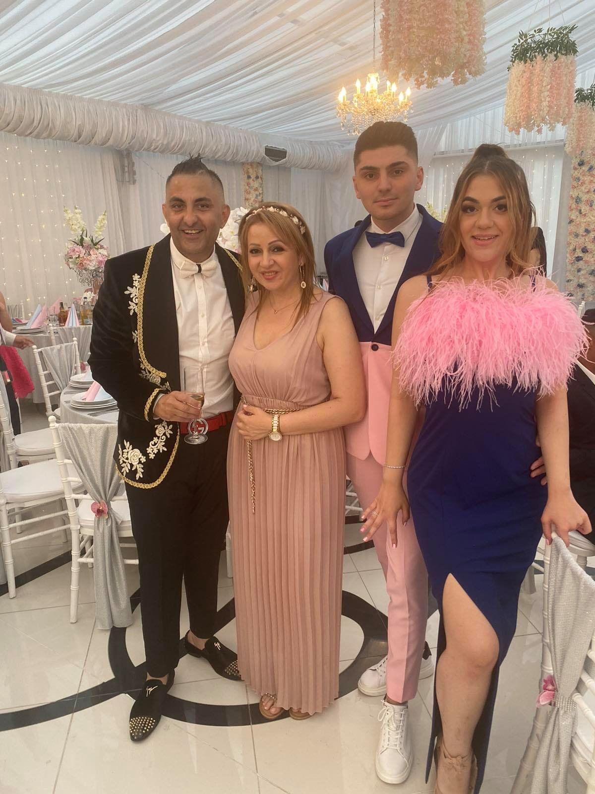 Gáspár Győzőék esküvőn jártak, nagyot mulattak – fotó