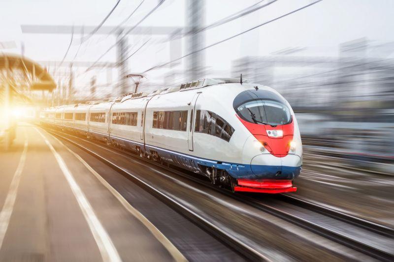 Már most sokan fúrják a Budapest-Varsó vasút-projektet, pedig sok előnnyel járna