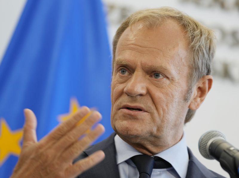 A lengyeleket balesetszerű kilépés fenyegeti az EU-ból