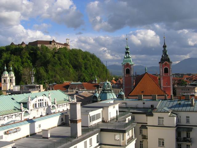 Terjed a járvány Szlovéniában, szigorítják a beutazást az országba