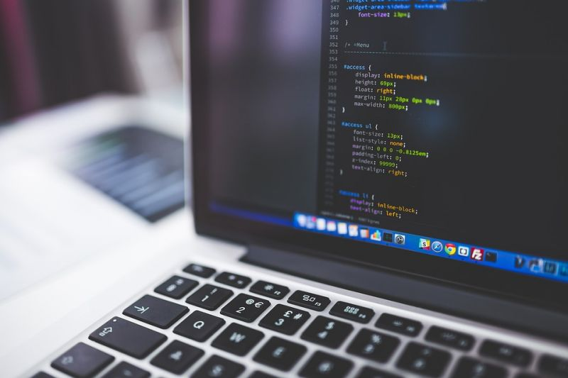 Ismét indul az ingyenes állami informatikai képzés – hamarosan lehet jelentkezni