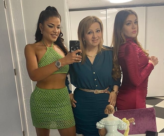 Gáspár Beáék fürdőruhás fotóval ünnepelték, hogy lefogytak 100 kilót