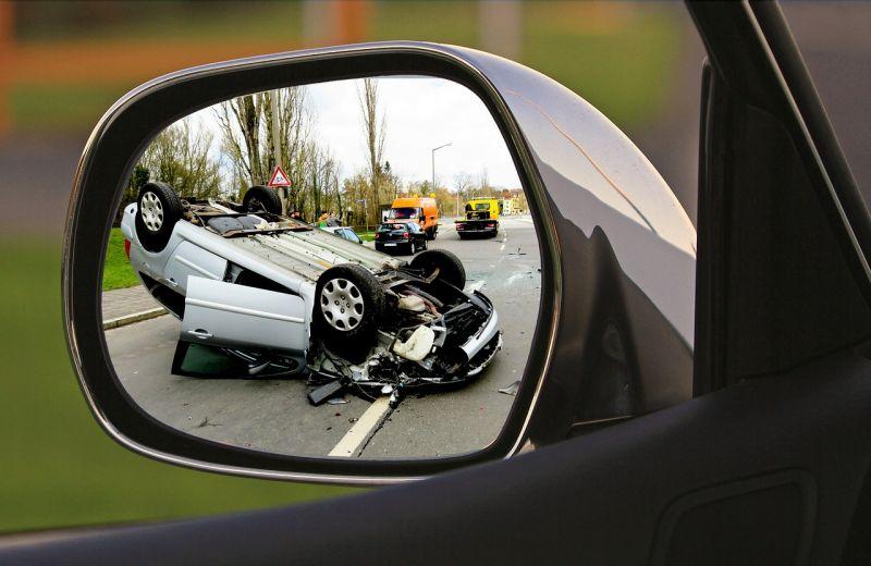 A helyszínen belehalt sérüléseibe az autóval ütköző bringás Sárváron