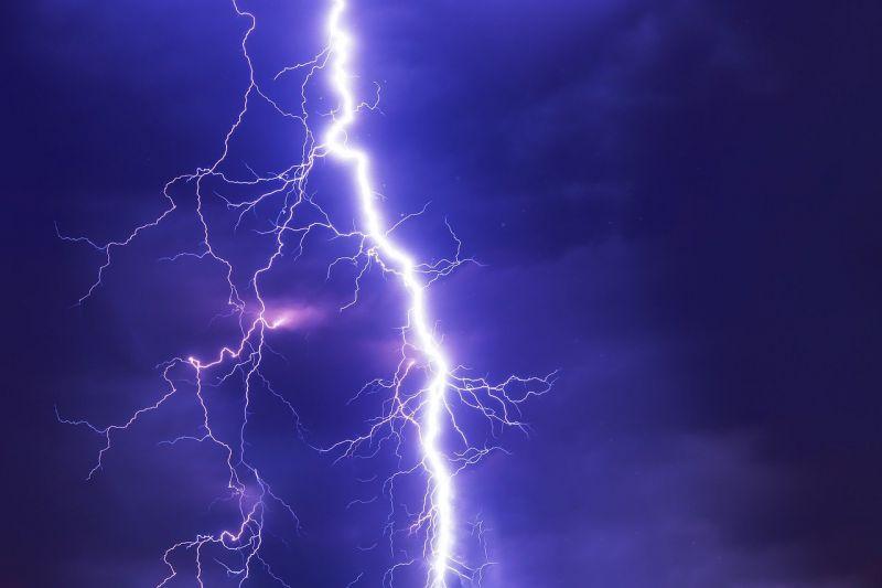 Apokaliptikus képek érkeztek Pécsről a vihar tombolása után
