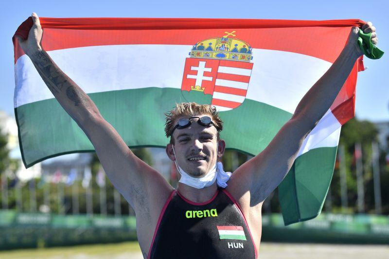 Rasovszky Kristóf ezüstérmes nyíltvízi úszásban