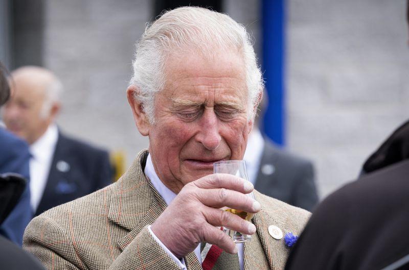 Dagad a botrány a brit királyi családban