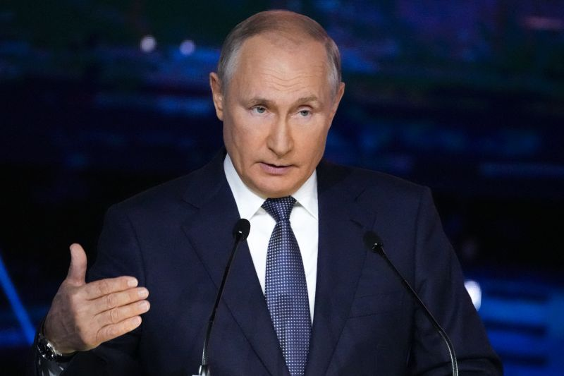 Hangfelvételt rögzítettek arról, hogyan kérik meg a választási bizottság tagjait, hogy csaljanak Putyin pártja javára
