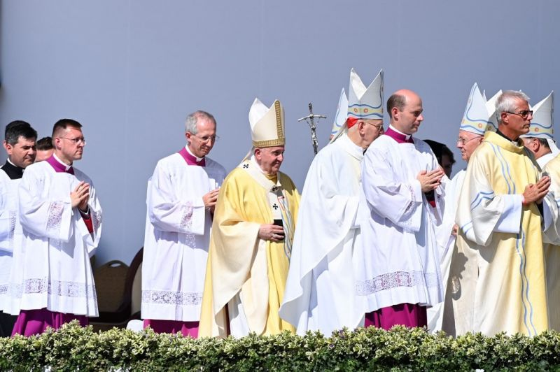 Több egyházi vezető is megfertőződött a budapesti pápalátogatás után