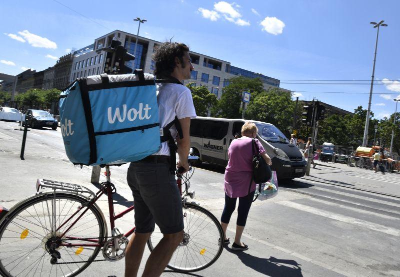 Fürjes Balázs szerint a biciklisáv miatt van dugó a Blahán, meg kell szüntetni – Most felvilágosították, hogy ott nincs biciklisáv